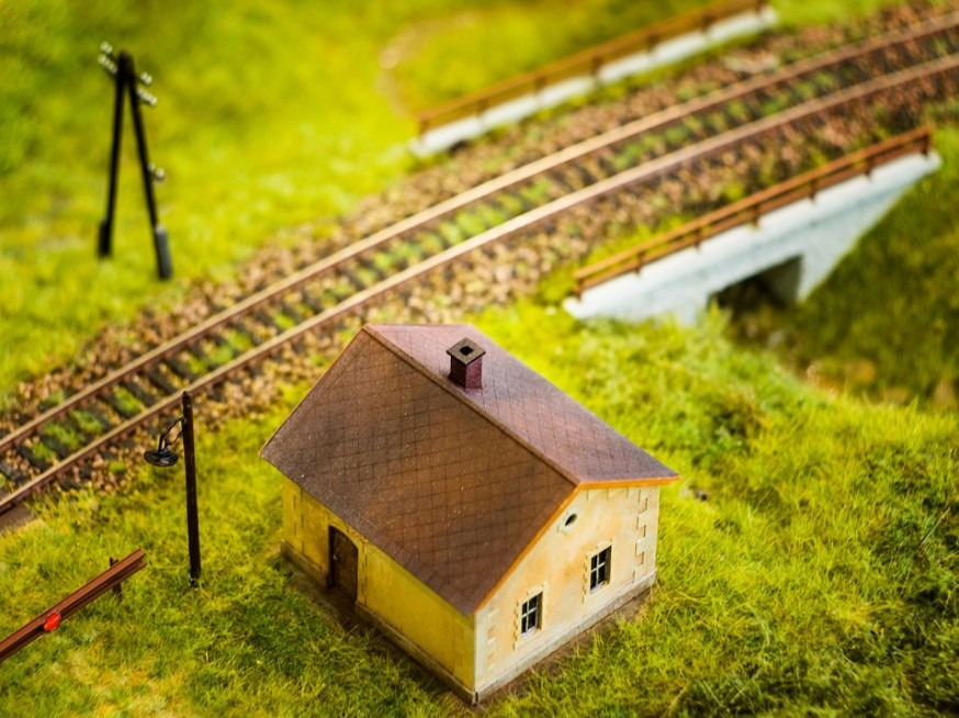 train model track with house accessory